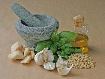 Prima recept voor een lekkere koude pastasalade met tonijn en pestomayonaise…