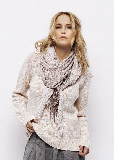 Cream Cathy Scarf Winter Rose 656607 Mønstervævet trekantet tørklæde – acorns