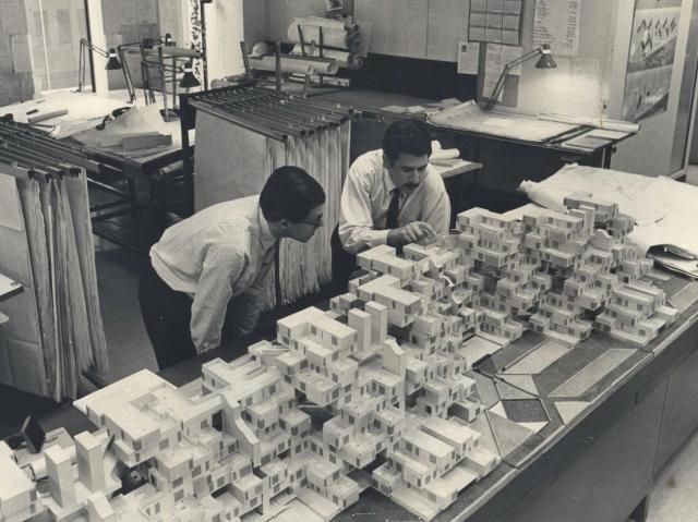 icancauseaconstellation:    Moshe Safdie and the Habitat 67 model