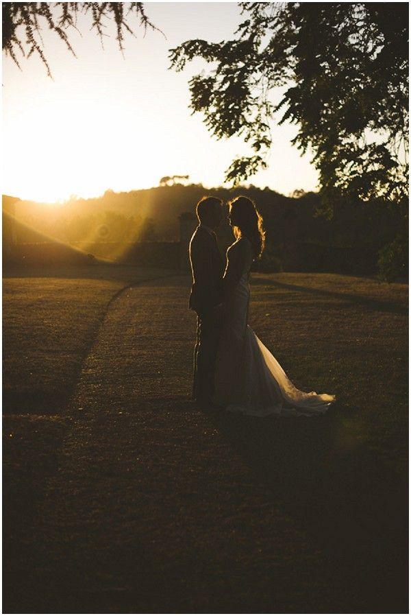 Romantic wedding photography with stunning light / Photography Rik Pennington /  French Wedding Style Blog