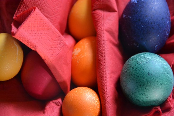 Easter egg # colours # B&B Cà Bianca dell'Abbadessa Bologna ITALY # www.cabiancadellabbadessa.it #