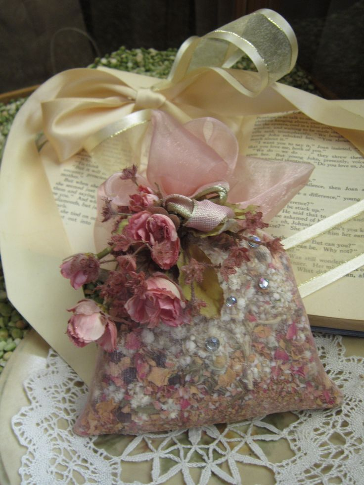 Wrap organza bags with flowers/ribbon/pearls for added touches for gifts!