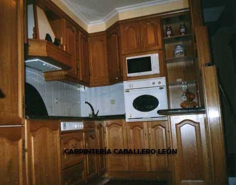 Dise os de gabinetes de cocina en madera buscar con for Muebles de cocina de madera maciza catalogo