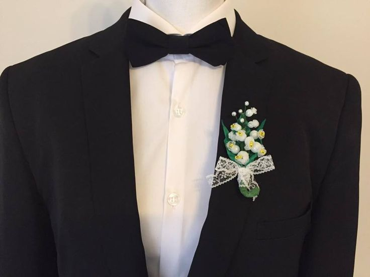 """Boutonnière pour mariage """"Muguet"""" - Fleurs fait main et dentelle : Autres accessoires par fleurs-de-provence"""