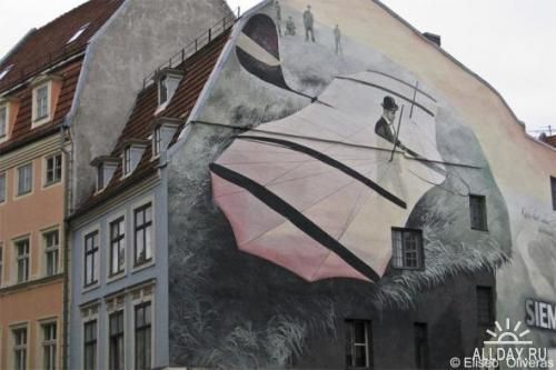 Живопись на стенах домов