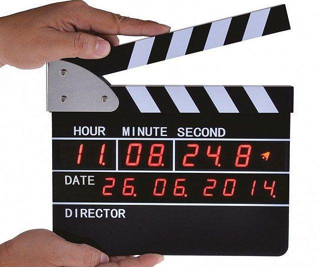 Clapperboard Digital Alarm Clock - https://tiwib.co/clapperboard-digital-alarm-clock/ #LightsClocks #gifts #giftideas #2017giftideas #xmas