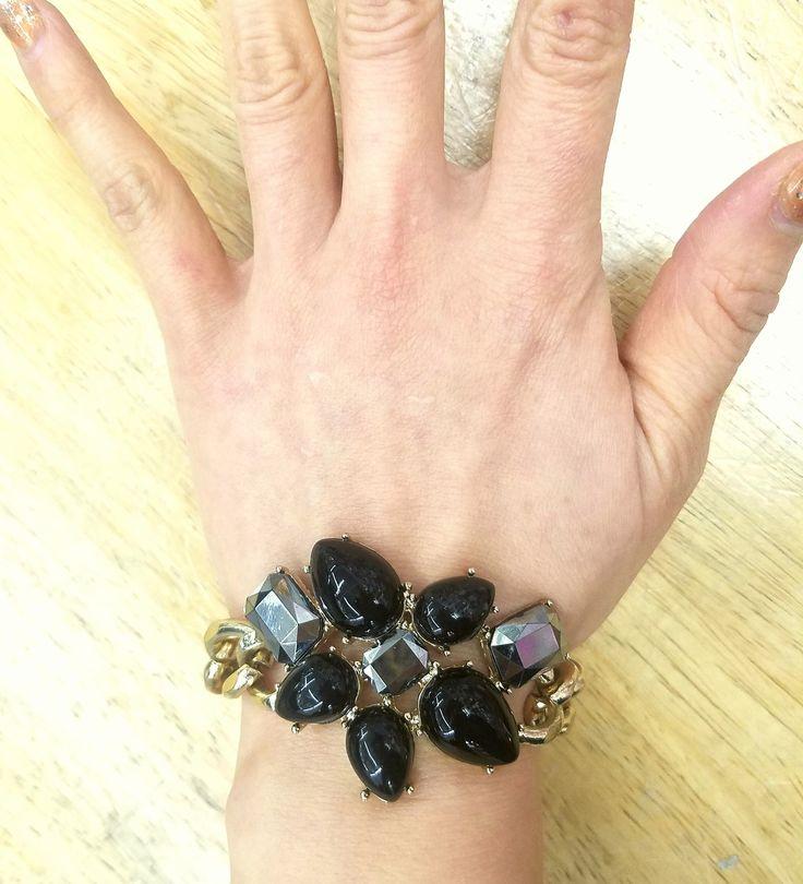 Fashion Jewelry, Trendy Jewelry, Inexpensive Jewelry, Jewelry, Bracelet, Chain Link Bracelet, Flower Bracelet, Black Bracelet