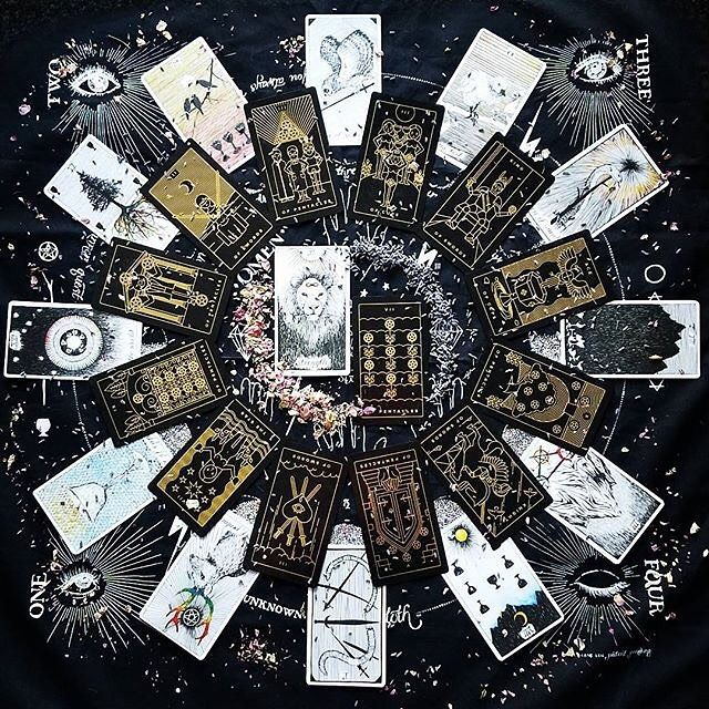 Have been seeing some stunning year ahead spreads like this one from @dark.moon.rising alongside @the_wild_unknown deck and cloth.  So I've been a bit quiet since I've been focusing on the luminous spirit tarot app - I'm so close to the first version being complete! I'm guessing in a few days I'll push to app stores. I used to always do these betas and stuff but it's been getting harder and harder to manage those so...I'll go out on a limb and release thins after testing what I can myself…