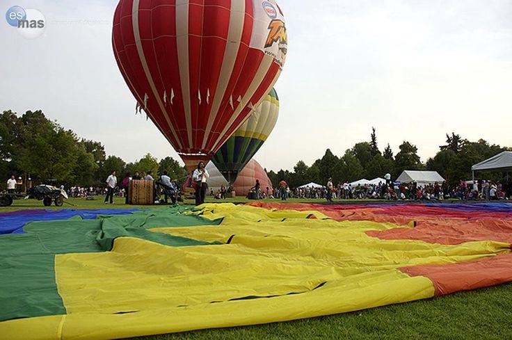 Xochitla Parque Ecológico, celebra su 3er Festival de Globos Aerostáticos el 3 y 4 de mayo de 2014. Una experi...