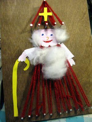 Sinterklaas op een spijkerbord.