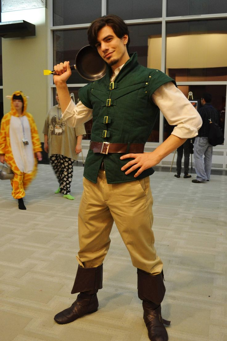 [Photographer] Flynn Rider at Anime Boston, complete with frying pan! - Imgur