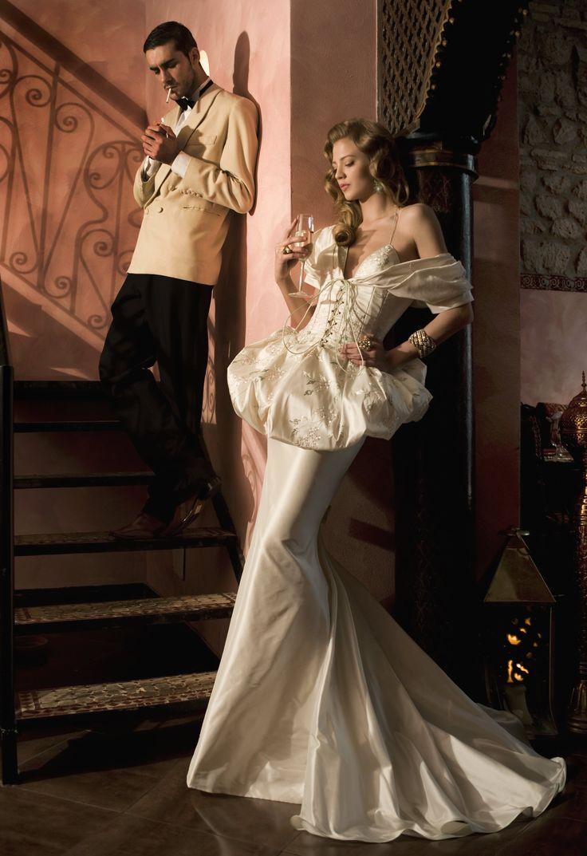 Woman&Bride  Fall-Winter 2011 Shooting Back in Time Dress Marina Mansanta Alta Moda
