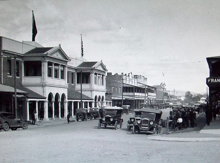 Victoria and Pultney Sts. Taree. c. 1929
