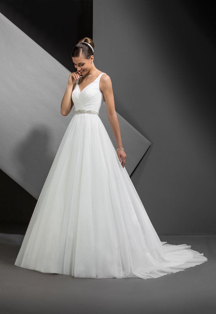 Best Robe De Mariee Images On Pinterest Wedding Dressses