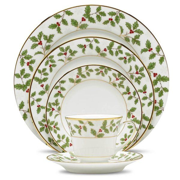 You Ll Love The Holly And Berry Gold 5 Piece Place Setting Service For 1 At Wayfair Great Christmas Dinnerware Sets Christmas Tableware Christmas Dinnerware