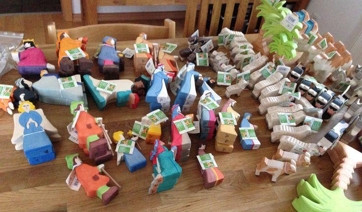 Es weihnachtet! Die aktuelle Lieferung mit vielen wunderschönen Holztiger-Krippenfiguren weckt doch schon so richtig Vorfreude auf die Vorweihnachtszeit, findet ihr nicht auch? Zu bestellen sind die Figuren übrigens hier: http://www.krippenfiguren-shop24.de/holztiger-krippen