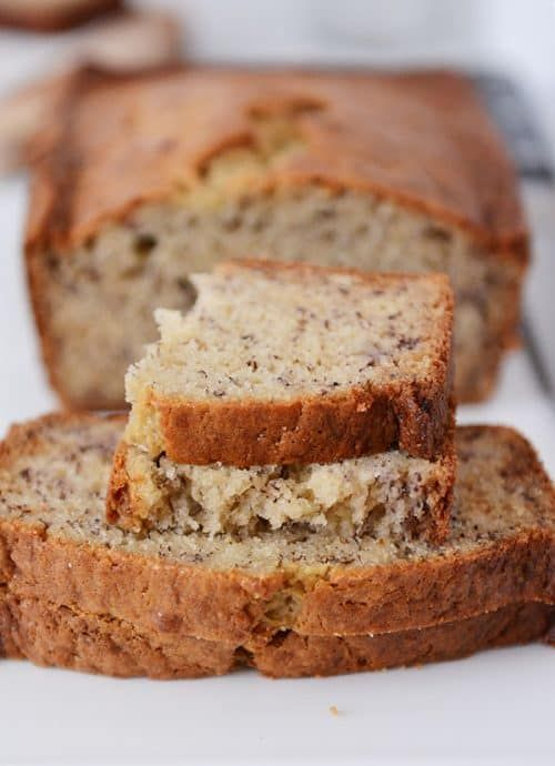 Cette recette de pain à la banane à la crème sure et à un bol est incroyablement populaire …   – Breads