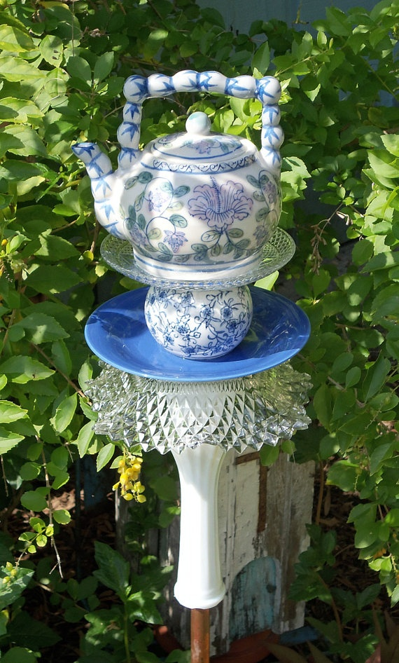 84 Best Images About Teapot Yard Art On Pinterest