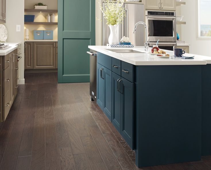 Contemporary Kitchen Design Ideas Cabinets Direct Usa In Nj In 2021 Contemporary Kitchen Design Maple Kitchen Cabinets Kitchen Design