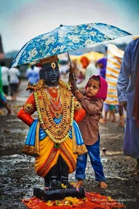 Umbrella for Lord Shri Krishna (Vithala version) who lifted Govardhana giri as an umbrella