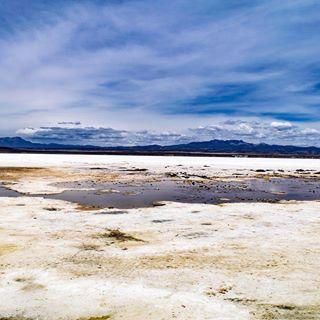 Salar de Uyuni en Bolivia, gran experiencia y excelentes compañeros de viaje también #salardeuyuni #viaje #travel #bolivia #instabolivia #instaviajes #salar #uyuni #paisaje #landscape #lifestyle #estilodevida #photo #instafoto #instaphoto #photography #fotografia #pic #followme #like #sudamerica #southamerica #instagram