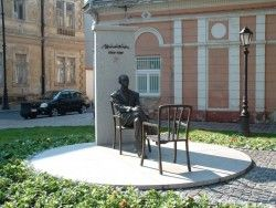 Márai Sándor szobra-Kassa