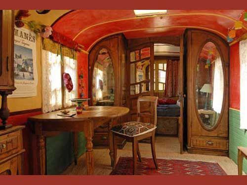 les 25 meilleures id es de la cat gorie restauration airstream sur pinterest camping vintage. Black Bedroom Furniture Sets. Home Design Ideas