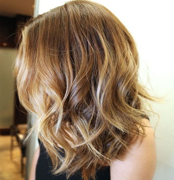 Inspiring autumn hairstyles for medium length 2016 consist of some epic hair trends that would be perfect for you over the autumn season