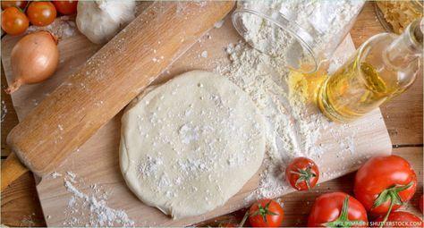 Backen macht glücklich | Grundrezept für einen schnellen Pizzateig | http://www.backenmachtgluecklich.de