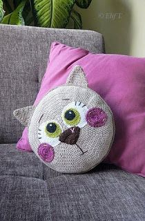 Tina's handicraft : cushion