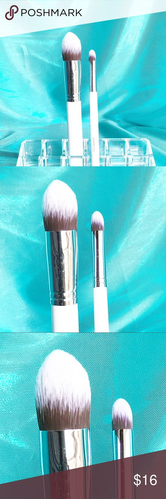 Morphe Contour Brush Set Morphe Contour Brush Set features super soft bristles and includes a pointed contour buffer and a mini pointed buffer. Check out my other Morphe listings to bundle and save! Morphe Makeup Brushes & Tools