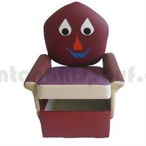 Παιδικό κάθισμα με παιχνιδόκουτο! Βρείτε κι άλλα σχέδια στο: http://www.shopigen.com/antonakispouf