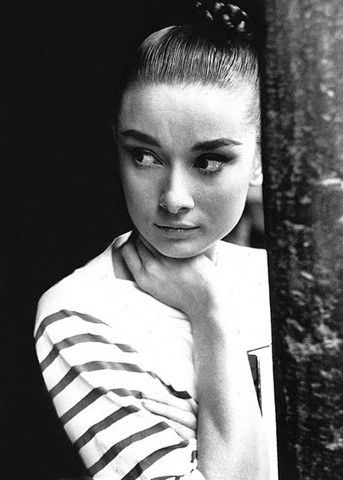 Audrey Hepburn, Breton top and big brows