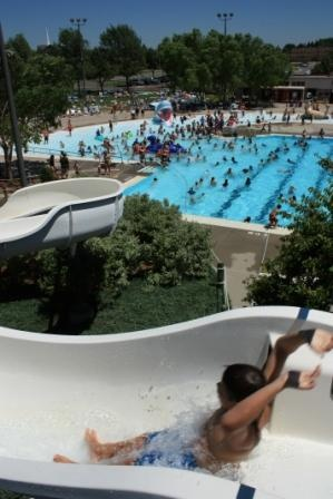 17 best images about mn sd places to go 2015 2016 on - Terrace park swimming pool sioux falls ...