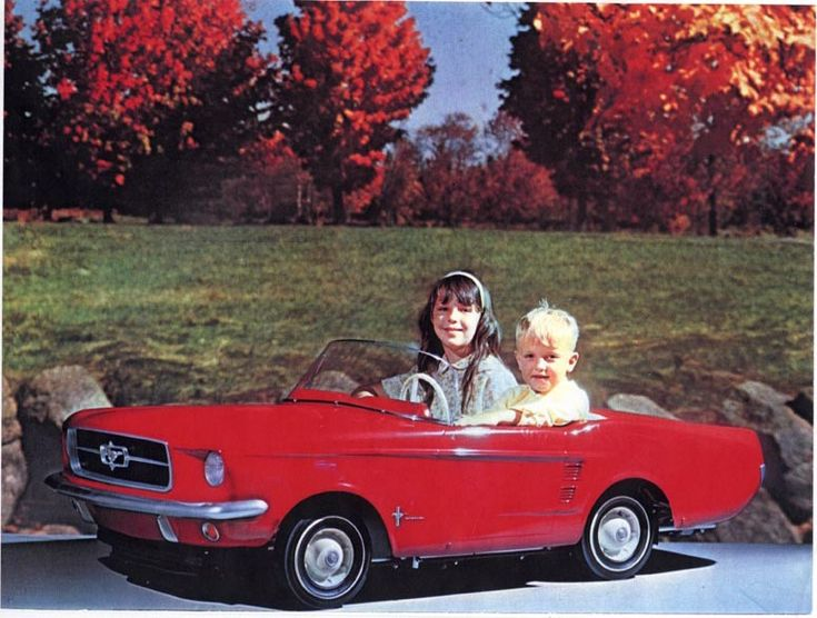 electric kids car from the 60s amazing my brother dennis won one from a