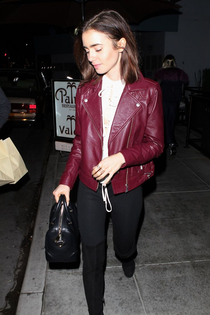 lily-collins-leaving-the-palm-in-beverly-hills-12-15-2016-5.jpg (1280×1920)