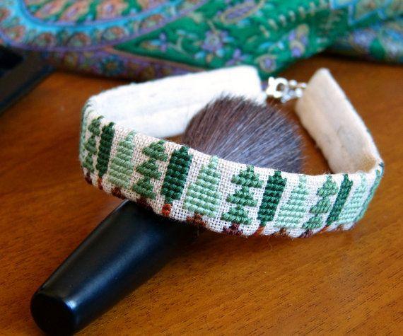 Вышитая лента на шею c деревьями - Чокер с деревьями - Зеленая шейная лента с вышивкой крестом - Вышитое ожерелье - Зеленый чокер с вышивкой