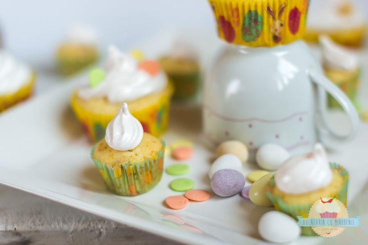 Lemon & coconut cupcakes