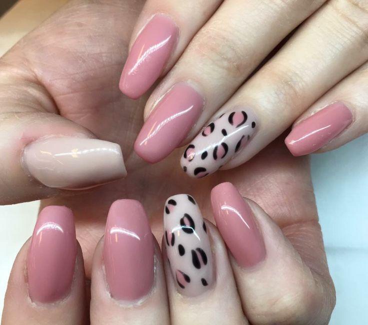 Gelenegler gel nails pink animal print