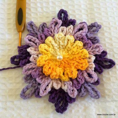 Flor carinho passo a passo - www.croche.com (35)