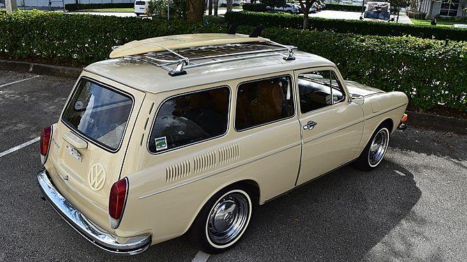 1971 Volkswagen Squareback Ltd edition #VW #Peace #shirts. www.etsy.com/listing/208314471/vw-peace-shirt-unisex-yingyang-original