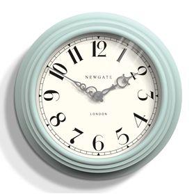 Часы настенные Newgate Dormitory мятные