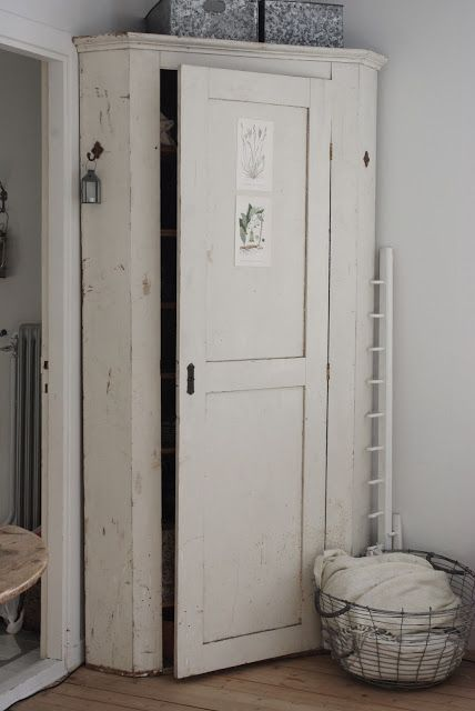 I don't want it to look this unfinished but getting there - chippy corner pantry