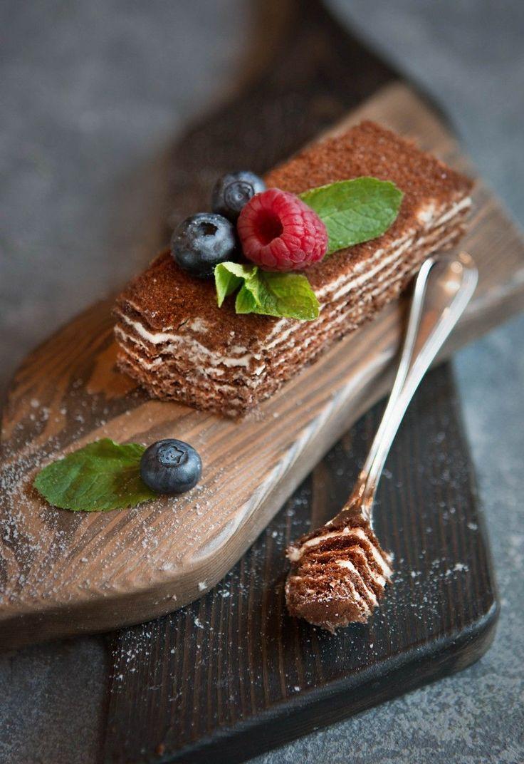 Фирменный медовик кафе «Голубка» — HomeBaked