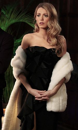 Serena van der Woodsen de vestido Marchesa e ondas estilo old hollywood | Gossip Girl <3