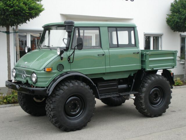 Mercedes-Benz Unimog | Men's Apparel | Mercedes benz unimog