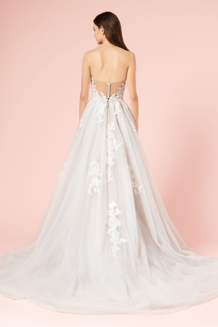 15 best Robes de mariée Monique Lhuillier images on Pinterest ...