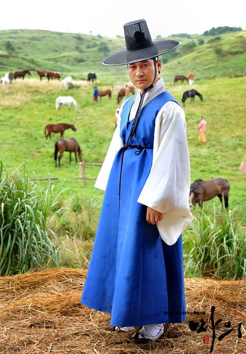 Traditional men's clothing from Korea