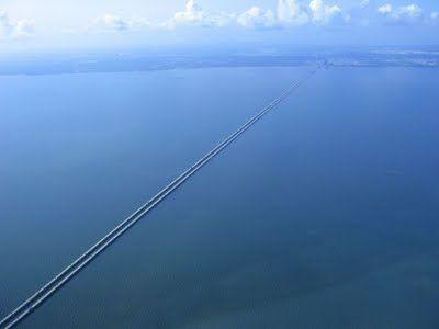 As 10 maiores pontes do mundo - Gigantes do Mundo Ponte do lago Pontchartrain – EUA – 38.422 metros - segunda