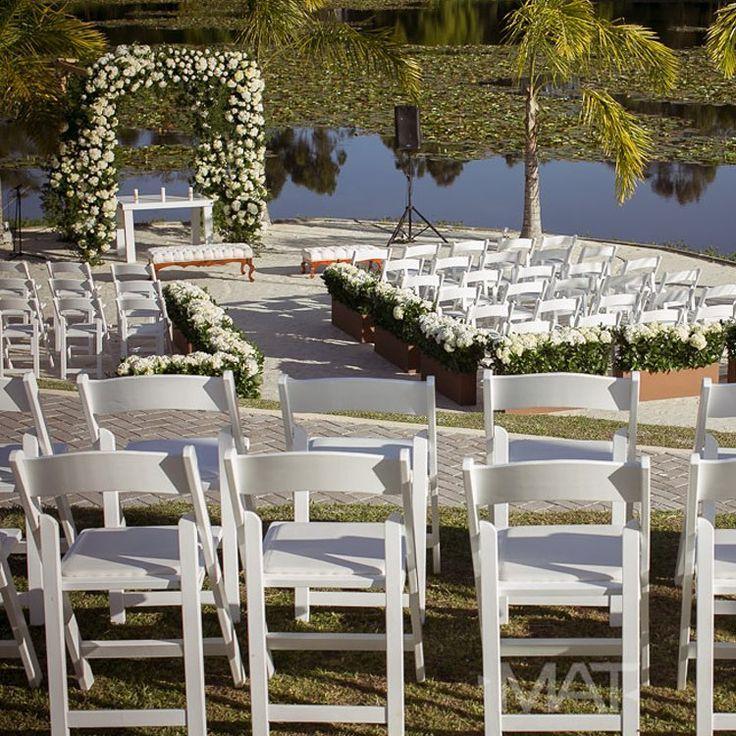 Agua, arena, palmeras y un entorno hermoso en plenas montañas antioqueñas, así es #CasaBali en #ZonaELlanogrande  Llama al 3106158616 / 3206750352 / 3106159806 y reserva desde ya, atendemos todos los días de la semana y fines de semana incluido festivos. www.zonae.com  #ZonaE #ElEstablo #BodasAlAireLibre #BodasCampestres #weddingplaner #bodasmedellin #bodas #Eventos #boda #wedding #destinationwedding #bodascolombia #tuboda #Love #Bride  Foto MAT Fotografia
